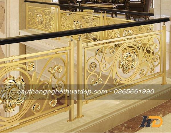 Mẫu lan can cầu thang inox nghệ thuật mạ vàng PVD