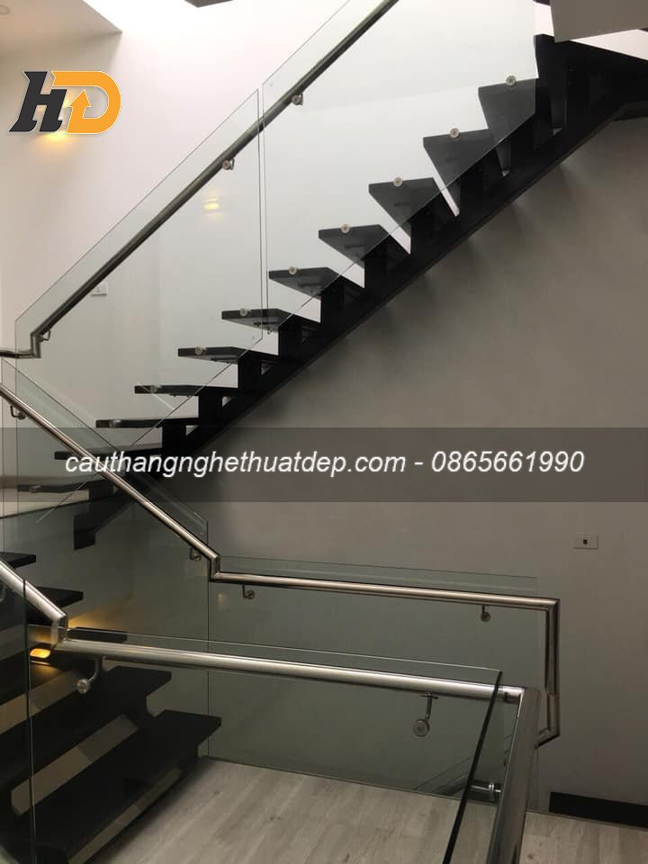 Mẫu cầu thang mang đến không gian sang trọng, đẳng cấp