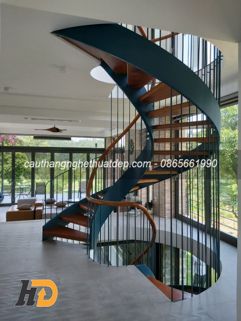 Cầu thang xoắn ốc lan can dây cáp thép