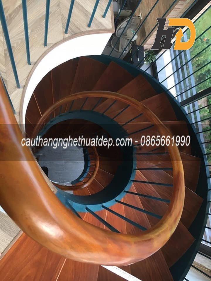 Cầu thang xoắn ốc đang trở thành xu hướng thiết kế phổ biến