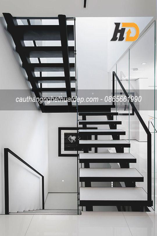 Thiết kế cầu thang xương cá đẹp ấn tượng
