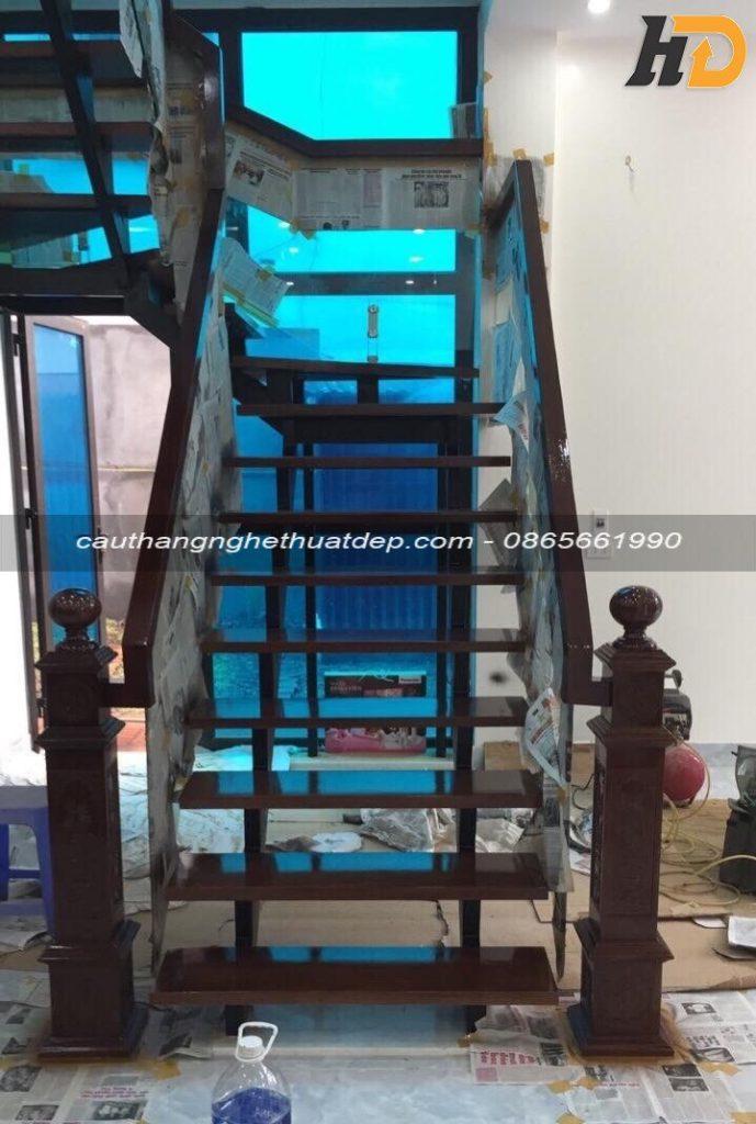 Cầu thang xương cá tại huyện Vĩnh Tường