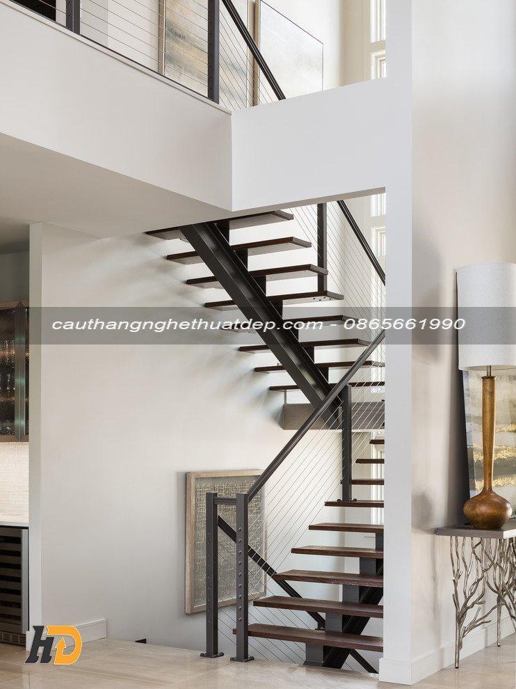 Tạo cảm giác vũng chãi, kiên cố khi di chuyển trên cầu thang