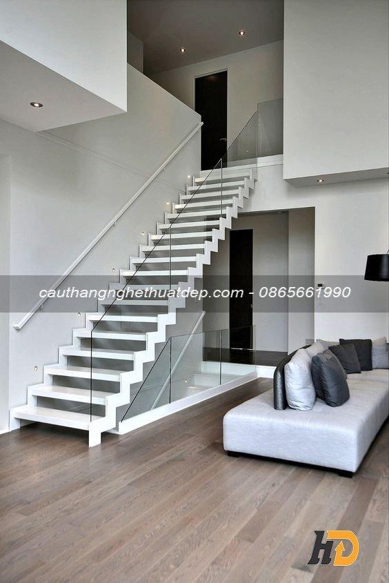 Cầu thang xương cá tiết kiệm không gian sử dụng